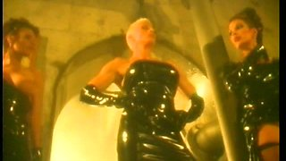 Wet Lesbian Threesome With Kinky Babes In Latex