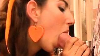 Hot italian amateur brunette moretta trombata amatoriale i