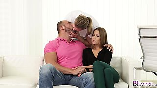 Alexis Crystal and Tomm blows Mark Blacks cock