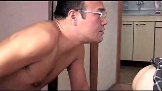 Japanese schoolgirl selling sex service (full: shortina.comcrqrpdf0)