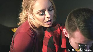 liza del sierra seduces her daughter's boyfriend