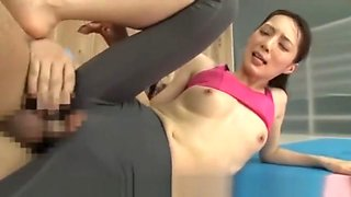 Keade Fuyutsukie grope group sex gym girl sport beauty