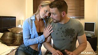 Naughty and charming gal Alina Long pays back for fingering with a nice ride
