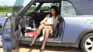 Slut British Mom Plays With Herself In Car