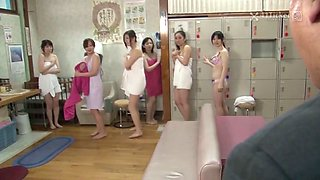 Boy stops time and fucks girls in the spa (jav uncensored)