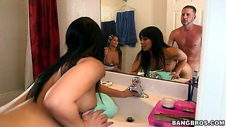 rose monroe and spicy j anal fucked in the bathroom
