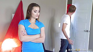 Dani Daniels spunked in her pussyhole by monster dick