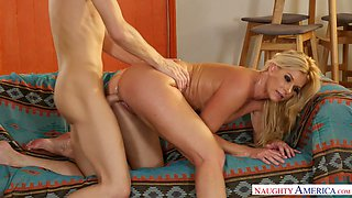 Big bottomed blonde MILF India Summer jumps on strong fresh cock passionately