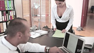 Horny Employee Having An Affair With Her Boss