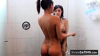 Teen Lesbians Shower Together