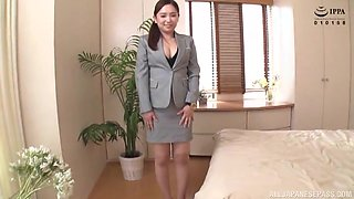 Japanese sweetie agrees to please a friend by sucking his cock
