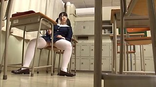 Ai Uehara Asian teen in pigtails masturbates in school