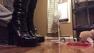 Mistress samantha in boots crushes everything she sees