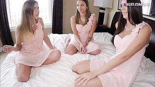 Tight bridesmaids and bride to be orgy before the wedding