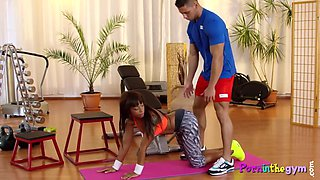 Ebony gym babe cocksucking instructor