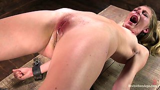 Bearded perverted dude punishes pussy of tied up blonde Mona Wales