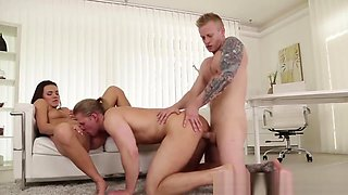 Vanessa Decker Takes On Two Bisexuals In Threesome