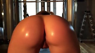 oiled blonde fucked after workout