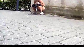 Estrangeiro - Hidden Cam Carnival pissing girls part 1