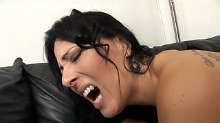 Stacked mom uses the art of seduction to have sex with a younger guy