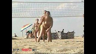 Candid beach spy crotch  wide open cameltoe