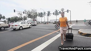 Traveler Fucks a Filipina Flight Attendant!