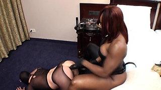 Best Strapon - black mistress fuck Teil 2