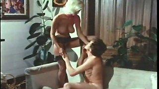 After topping cock vintage blond head gives a good blowjob to her man