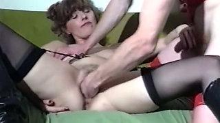 Brunette white milf in black lingerie fisted hard on the bed