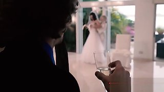 Sexy Bride Pounded By Stranger