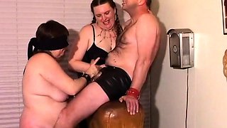 Chunky mature couple trying fetish sex with another girl