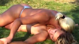 Girls wrestling 3