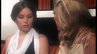Il mondo porno di due sorelle: film vintage