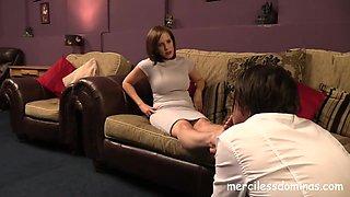 Pretty Feet - Foot Boy for Miss Jessica Wood