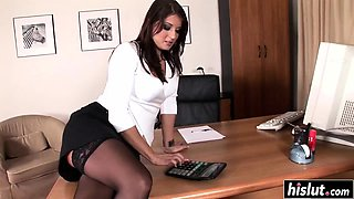 Hot secretary fucks with her colleagues
