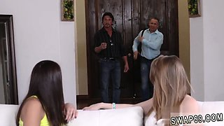 Mom pal's daughter lucky and dad fucks flexible in law