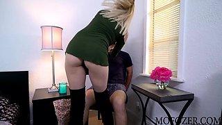 Sierra Nicole Ride Lover Big Dick on Her Boyfriends Bed