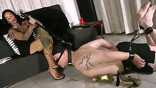 Mistress feet kissing