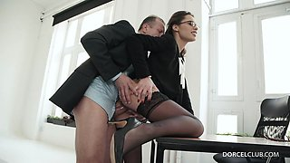 Ravishing secretary in hot stockings gets slammed by her boss