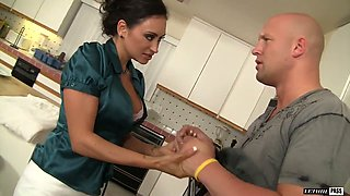 Whore wife Claudia Valentine is cheating on her husband with one delivery guy