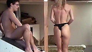 Fabulous Cunnilingus, Blonde sex scene