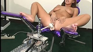 Hot orgasm craving bimbo Haley Paige needs a fucking machine to get off