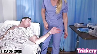 Trickery PAWG AJ Applegate having sex on the job