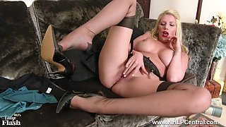 posh blonde slut strips off lingerie and wanks in rht nylons