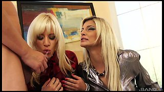Klarisa Leone seduces a hot blonde for a kinky threesome with a guy
