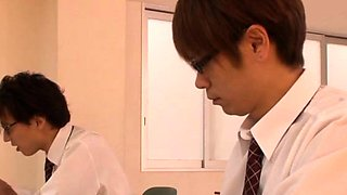 Cute japanese teacher gives a steaming sexy oral-sex