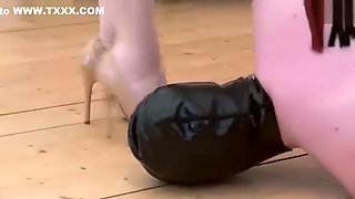 Mistress Evilyne - Very hard ballbusting