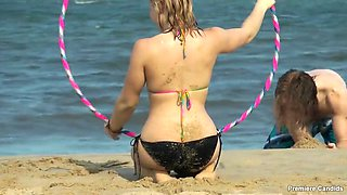 candid bikini teen beach pawg bubble butt hula hoop